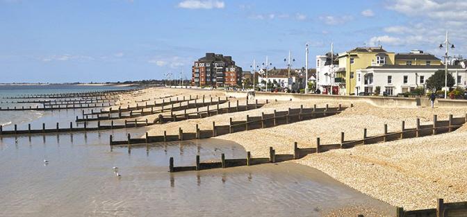 www.archibaldremoversandstorers.co.uk domestic removals Aldwick Beach image